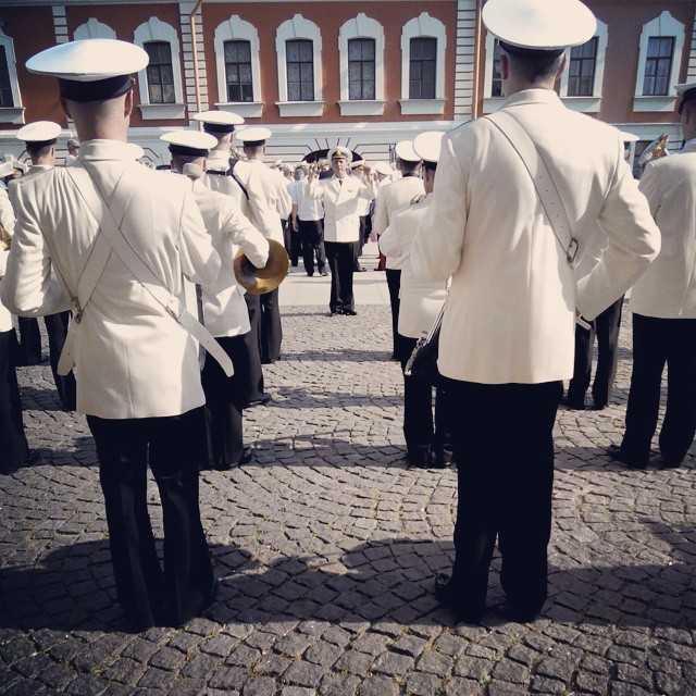 В преддверии дня ВМФ #деньвмф #питер #петропавловка #петербург #музыка #оркестр